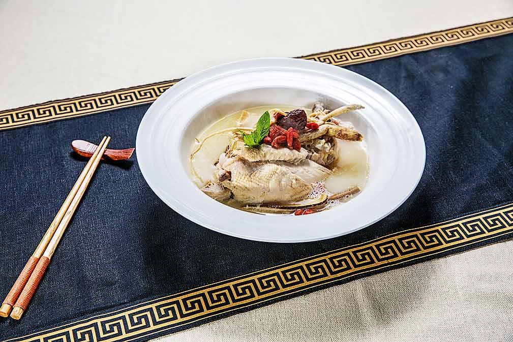加拿大芥花油让糯米参鸡汤更具营养价值