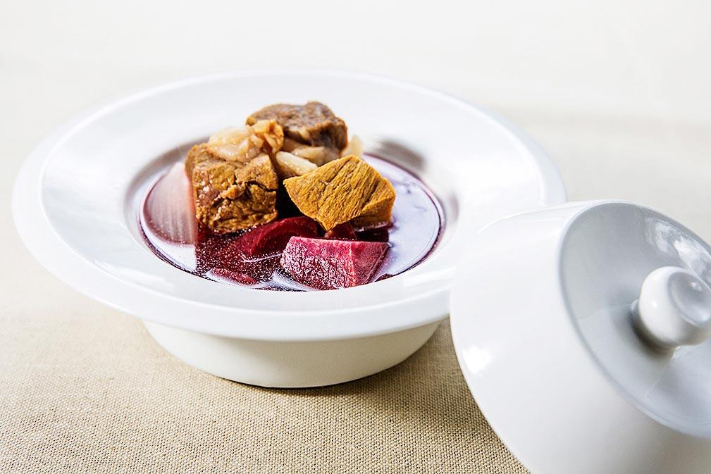 加拿大芥花油熬制传统甜菜根罗宋汤