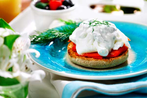 Smoked Salmon Eggs Benedict with Creamy Dill Caper Sauce made with canola oil recipes Easter spring brunch