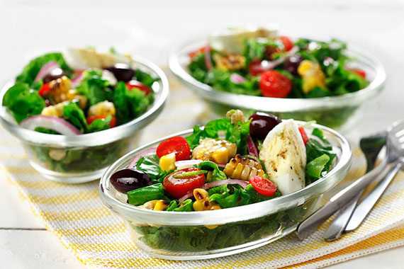 Maïs grillé et salade de tomates