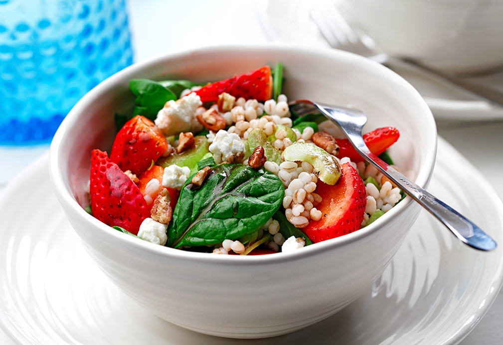 Barley Salad with Spinach and Strawberries recipe made with canola oil by Julie van Rosendaal