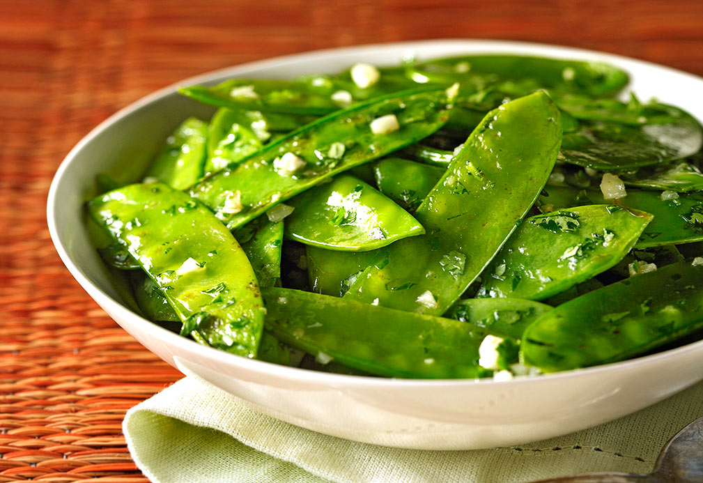 Garlic Snow Peas with Cilantro recipe made with canola oil in partnership with the American Diabetes Association