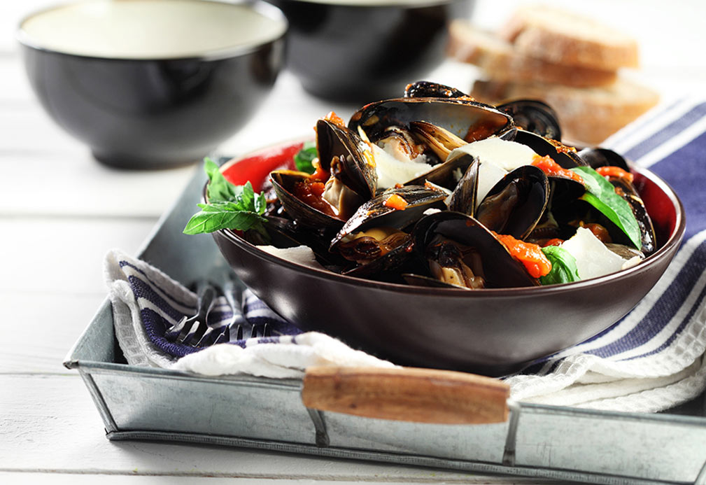 Mussels in White Wine recipe made with canola oil