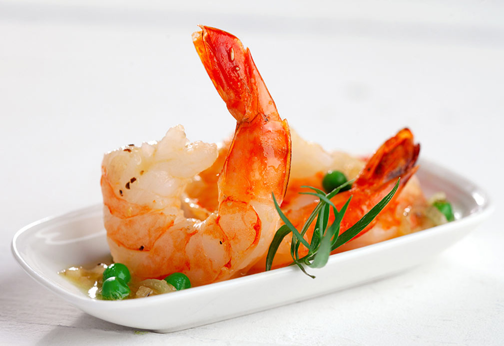 Sautéed Shrimp with Peas in Lemon Tarragon Sauce