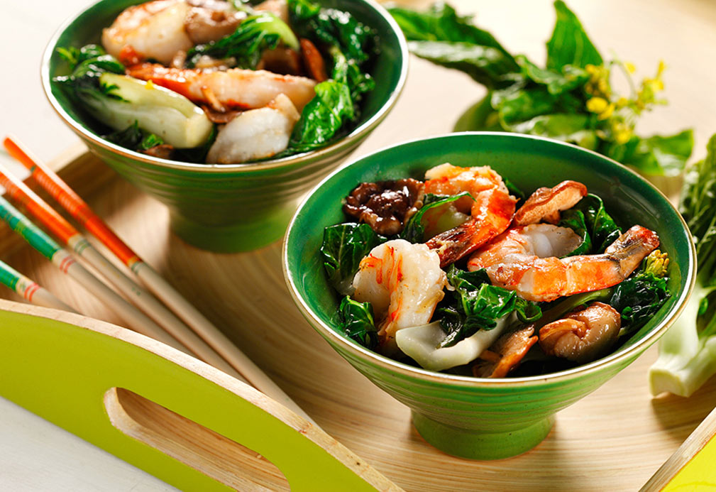 Stir-Fried Bok Choy with Jumbo Prawns recipe made with canola oil by Patricia Chuey