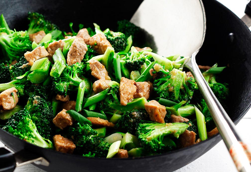 Stir-fried Pork and Broccoli with Garlic Ginger Sauce recipe made with canola oil by Stella Fong