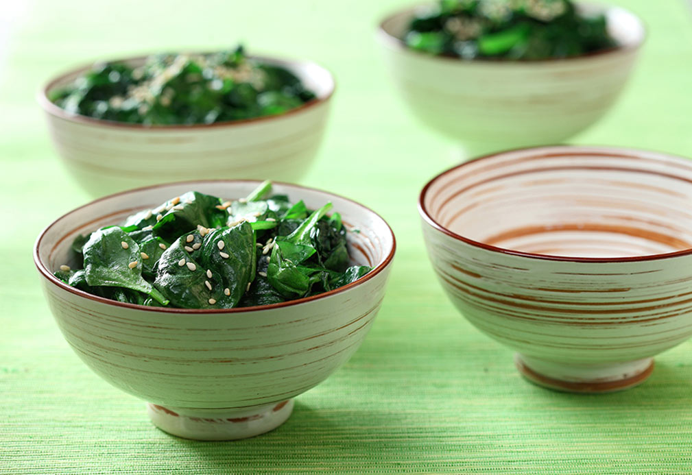 Stir-Fried Baby Spinach recipe made with canola oil by Stella Fong