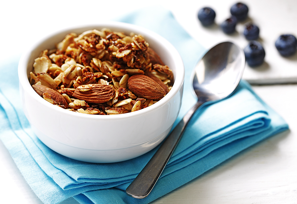 Coconut almond granola recipe made with canola oil by Patricia Chuey
