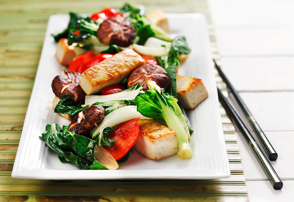 Tofu Stir-Fry recipe made with canola oil by Julie DesGroseilliers