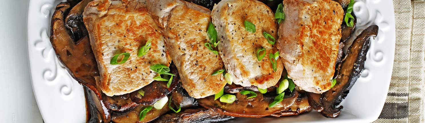 Pork Loin Chops with Balsamic Mushrooms made with canola oil