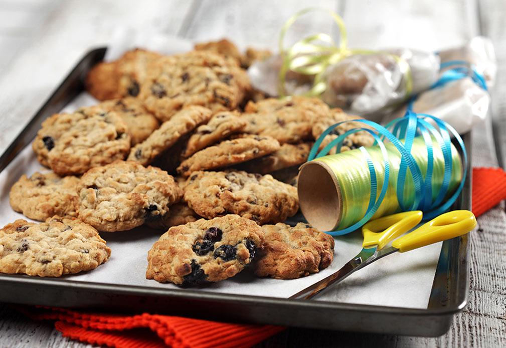 Chewy Blueberry Oatmeal Cookies recipe made with canola oil by Julie Van Rosendaal