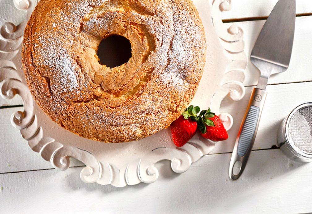 Chiffon Celebration Cake recipe made with canola oil by the Culinary Institute of America