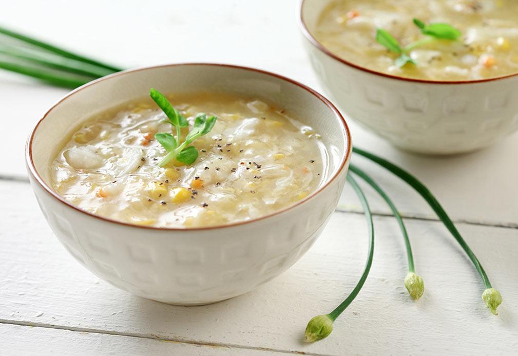 Sopa de elote y cangrejo