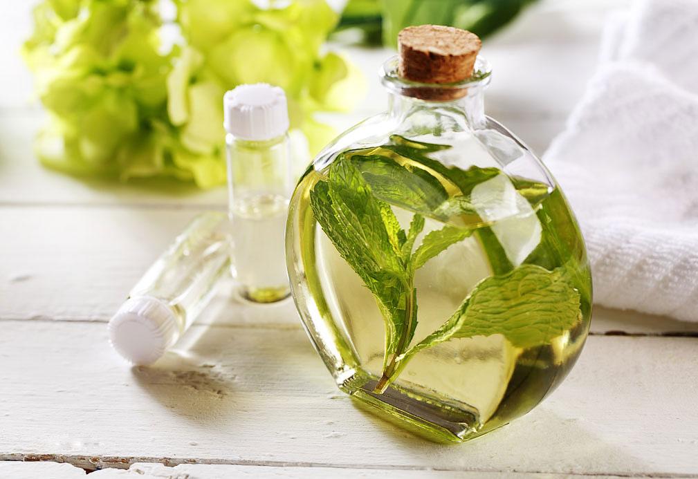 Aceite de masaje de menta fresca
