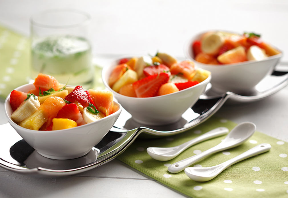 Ensalada de fruta con aderezo de mojito