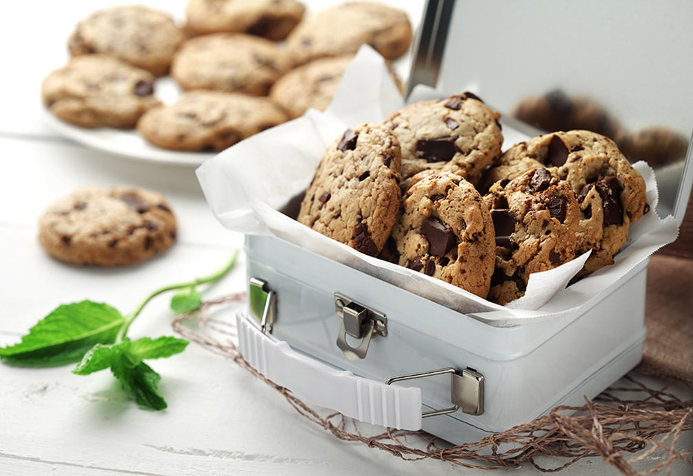 Peppermint Chocolate Chunk Cookies recipe made with canola oil by George Geary