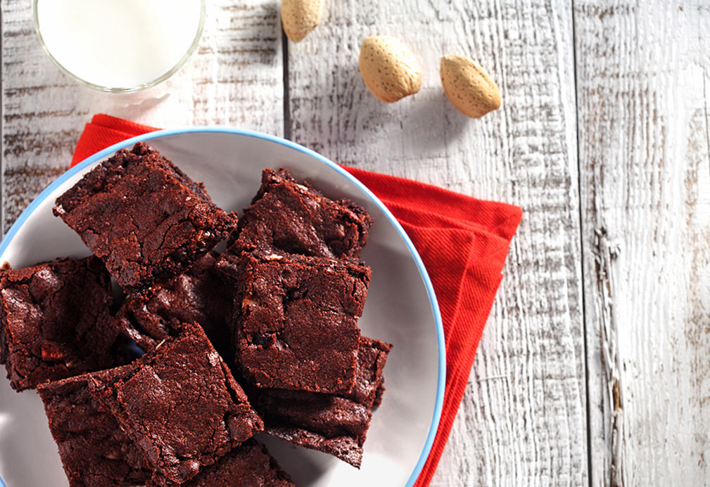 Quick Dark Chocolate Brownies recipe made with canola oil by Alison Lewis