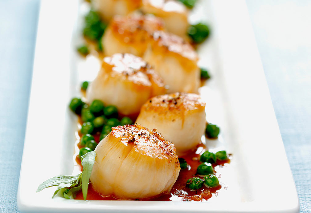 Sautéed Scallops with Peas in Lemon Tarragon Sauce recipe made with canola oil