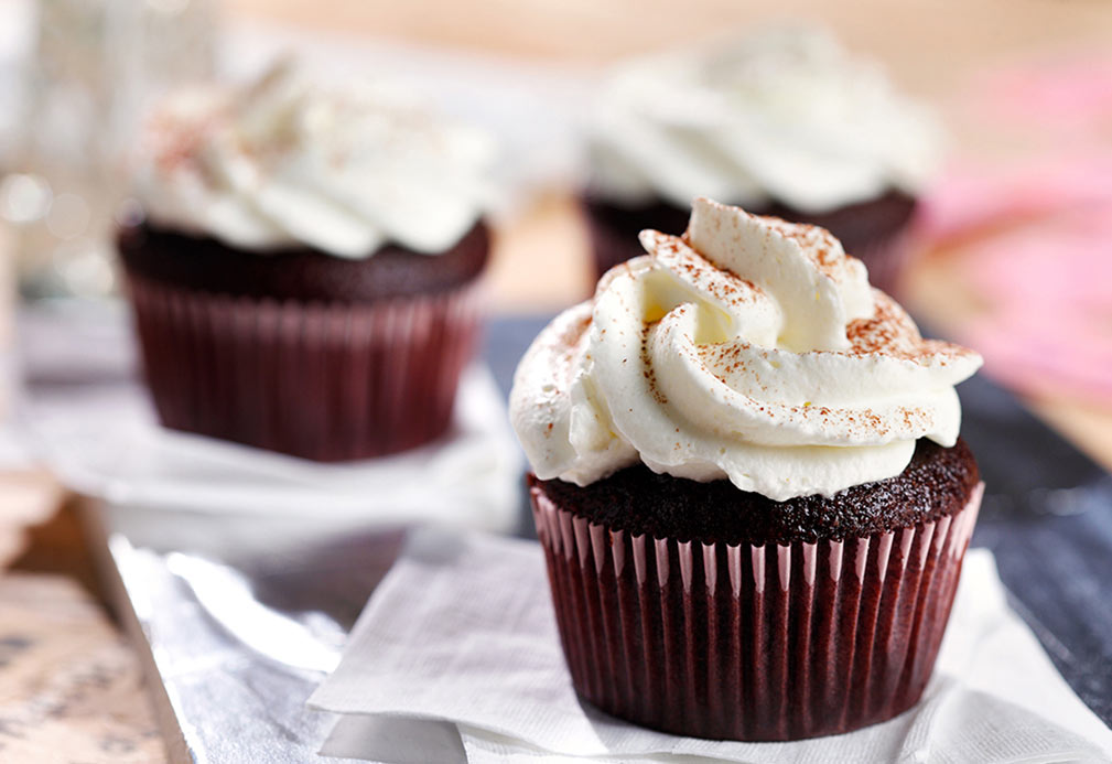 Sinful Bliss Cupcakes with Sweetened Whipped Cream Frosting recipe made with canola oil by Frankie Francollo