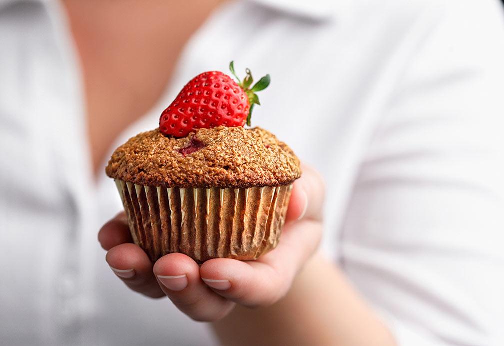 Muffins de salvado y fresas